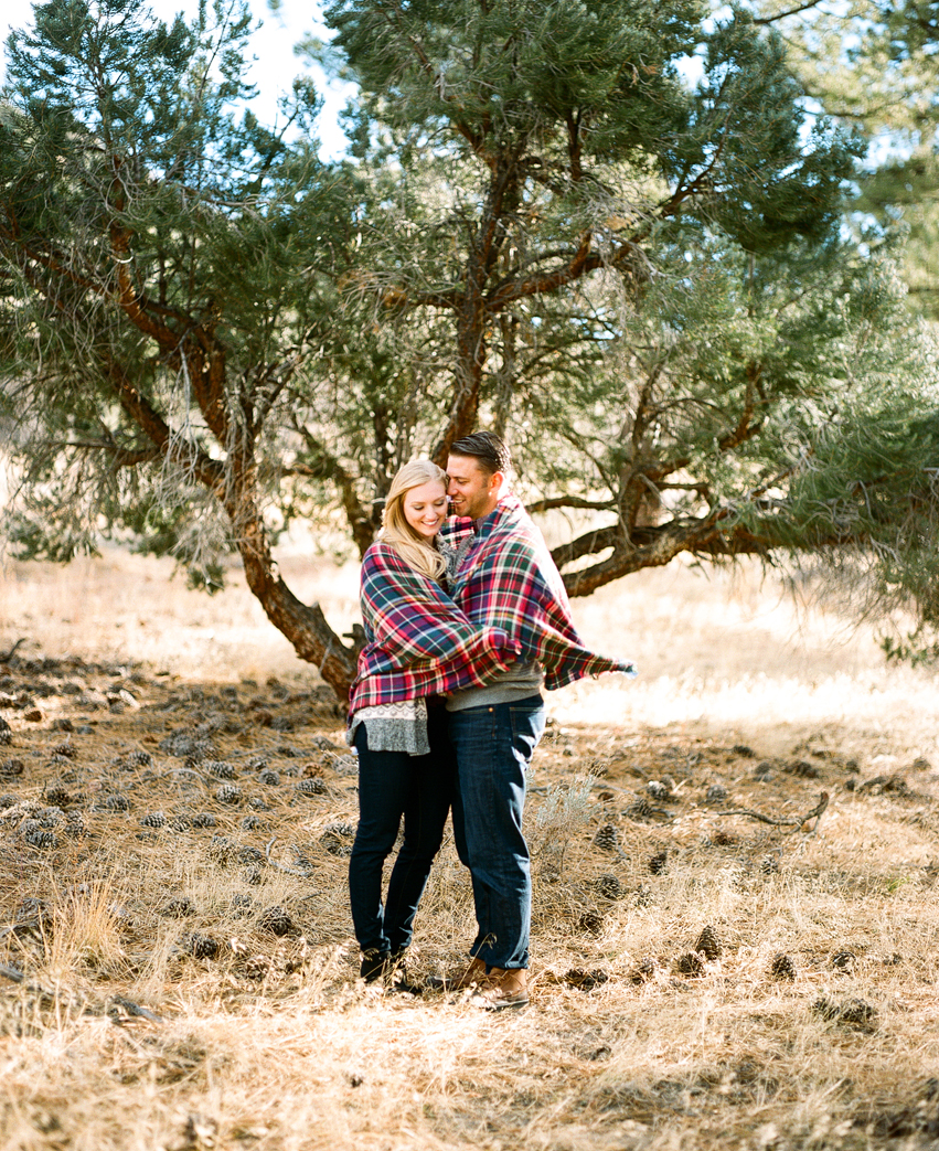 wrightwood-moutain-camping-engagement-photos002